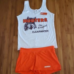 Authentic Hooters uniform with nametag❤